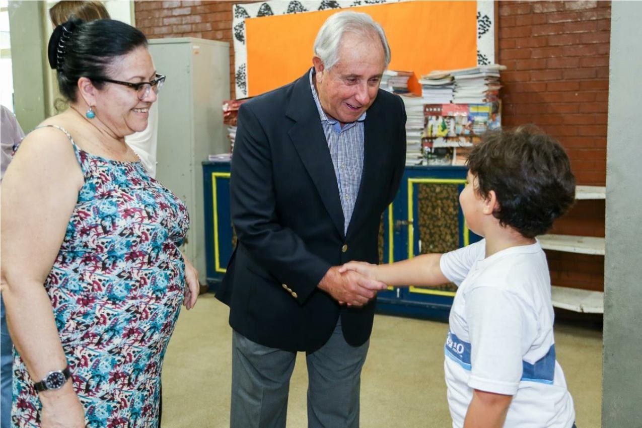 President Graça visits the Escola Municipal Dr. Cicero Penna