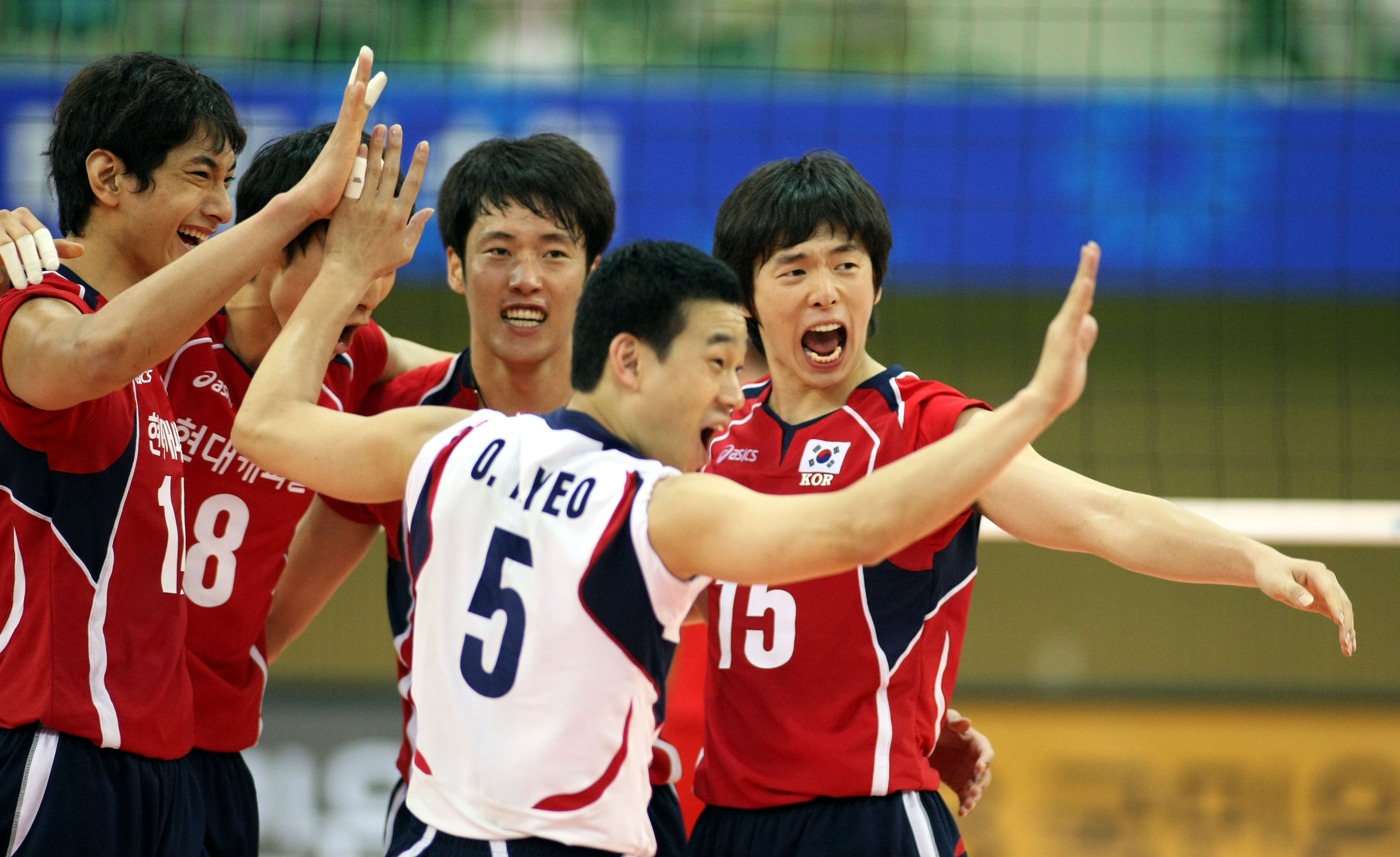 NO-011 06/14/2009 KOR vs  ARG  The Korean players succeed