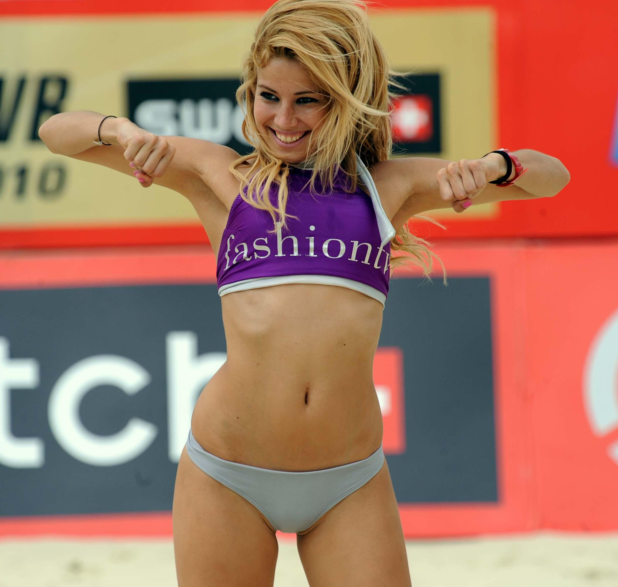 Nenas de volley 6 - 1 part 4