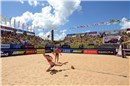 Kerri Walsh makes a great save in the final