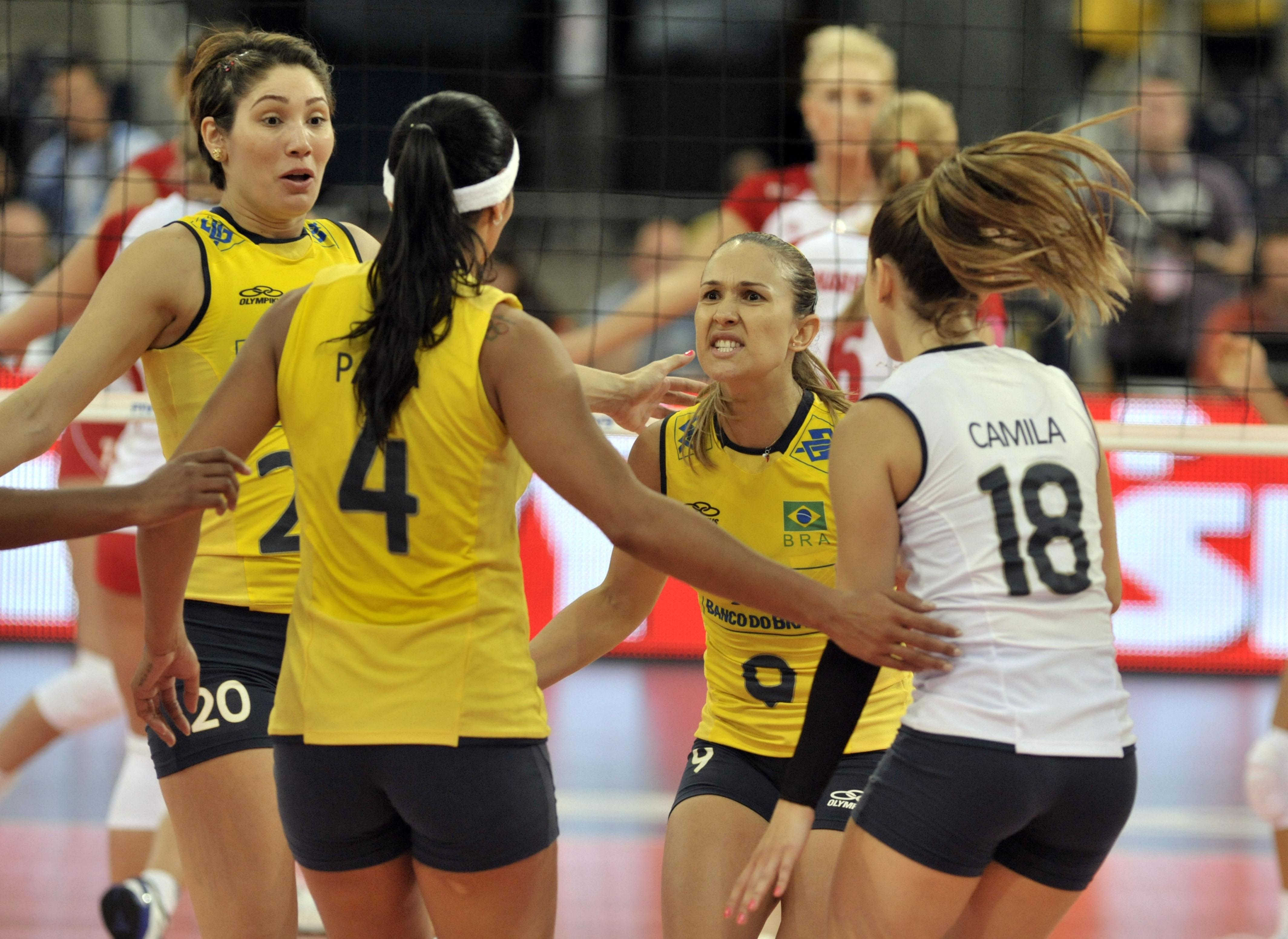 Capa da notícia - GRAND PRIX 2012: Brasil vence a Polônia e mantém a invencibilidade