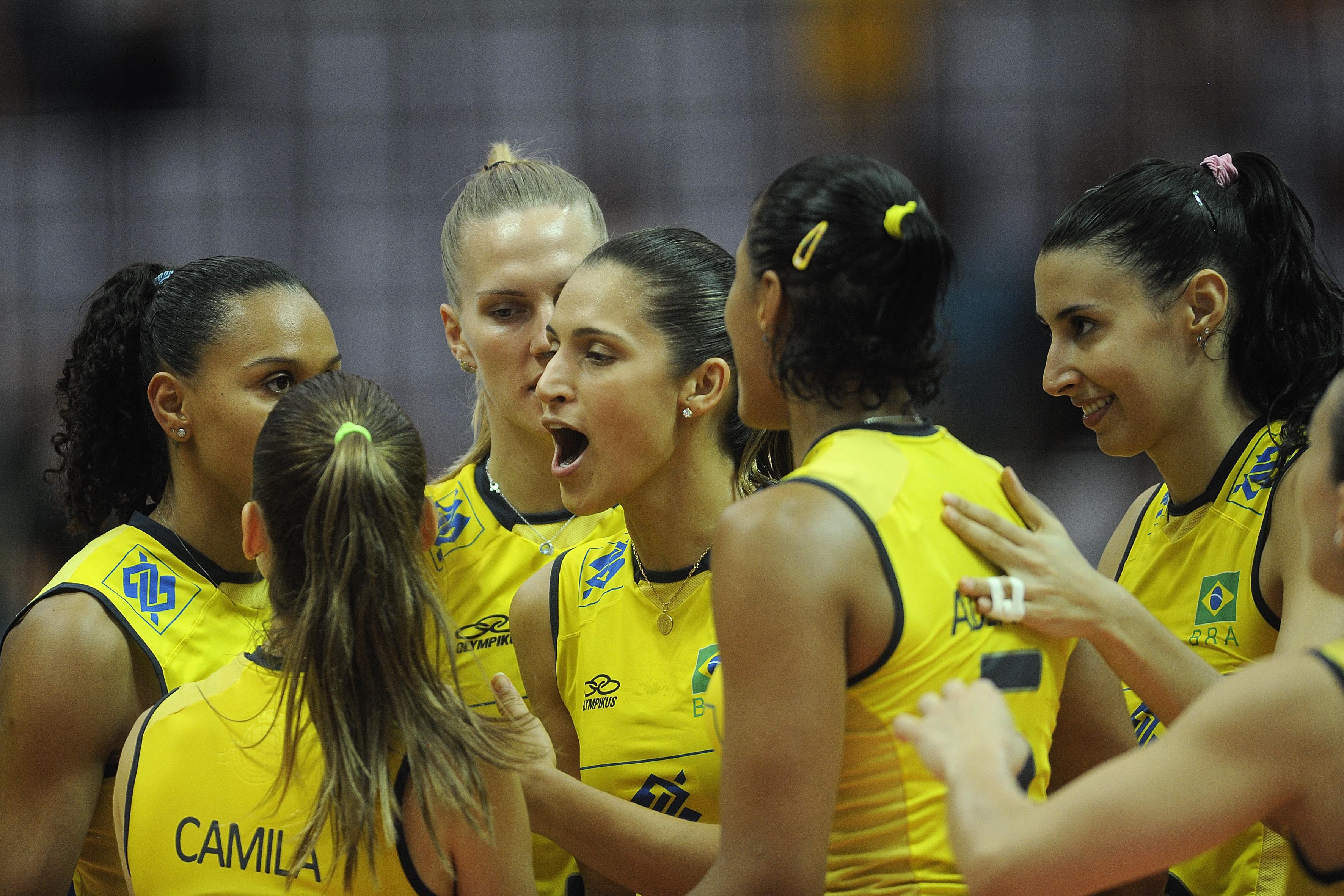 Team Brasil celebrate for their winning streak