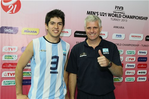 Fernando Arpajou (c) y Fabían Muraco (DT)