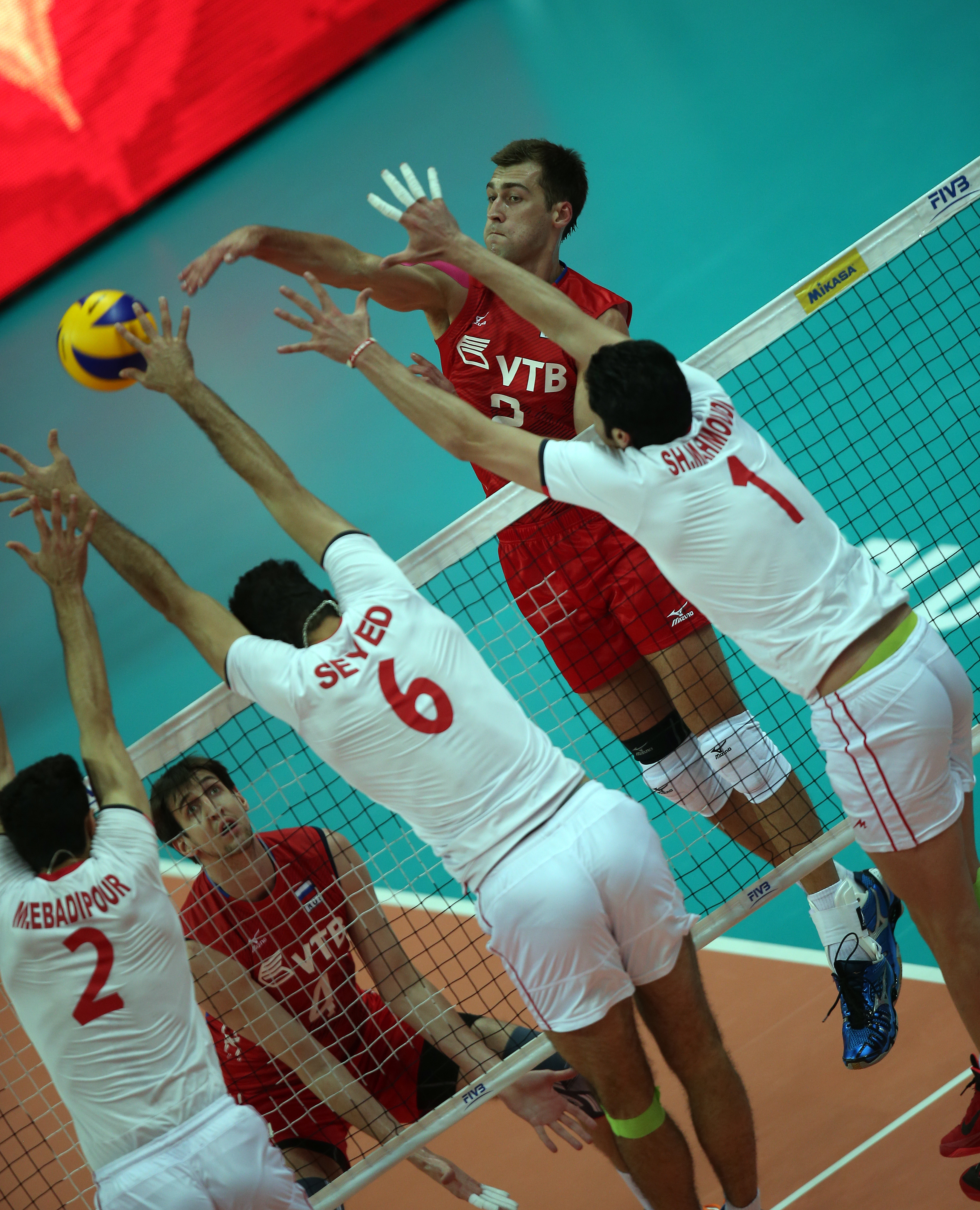 http://www.fivb.org/Vis2009/Images/GetImage.asmx?No=201480024&maxSize=960