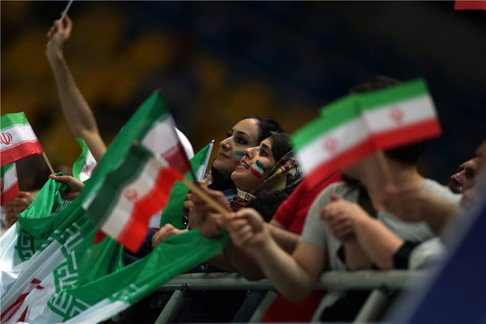 http://www.fivb.org/Vis2009/Images/GetImage.asmx?No=201480079&maxSize=960
