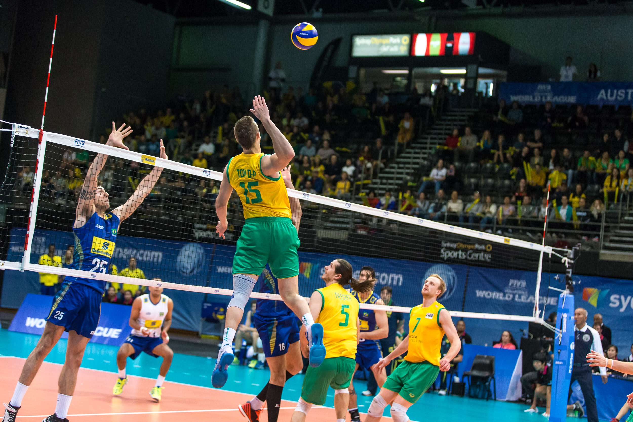 http://www.fivb.org/Vis2009/Images/GetImage.asmx?No=201486547&maxSize=960