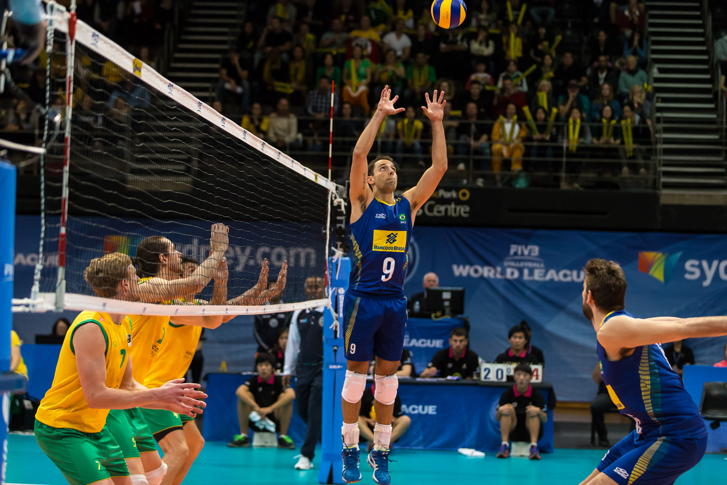 http://www.fivb.org/Vis2009/Images/GetImage.asmx?No=201486713&maxSize=960