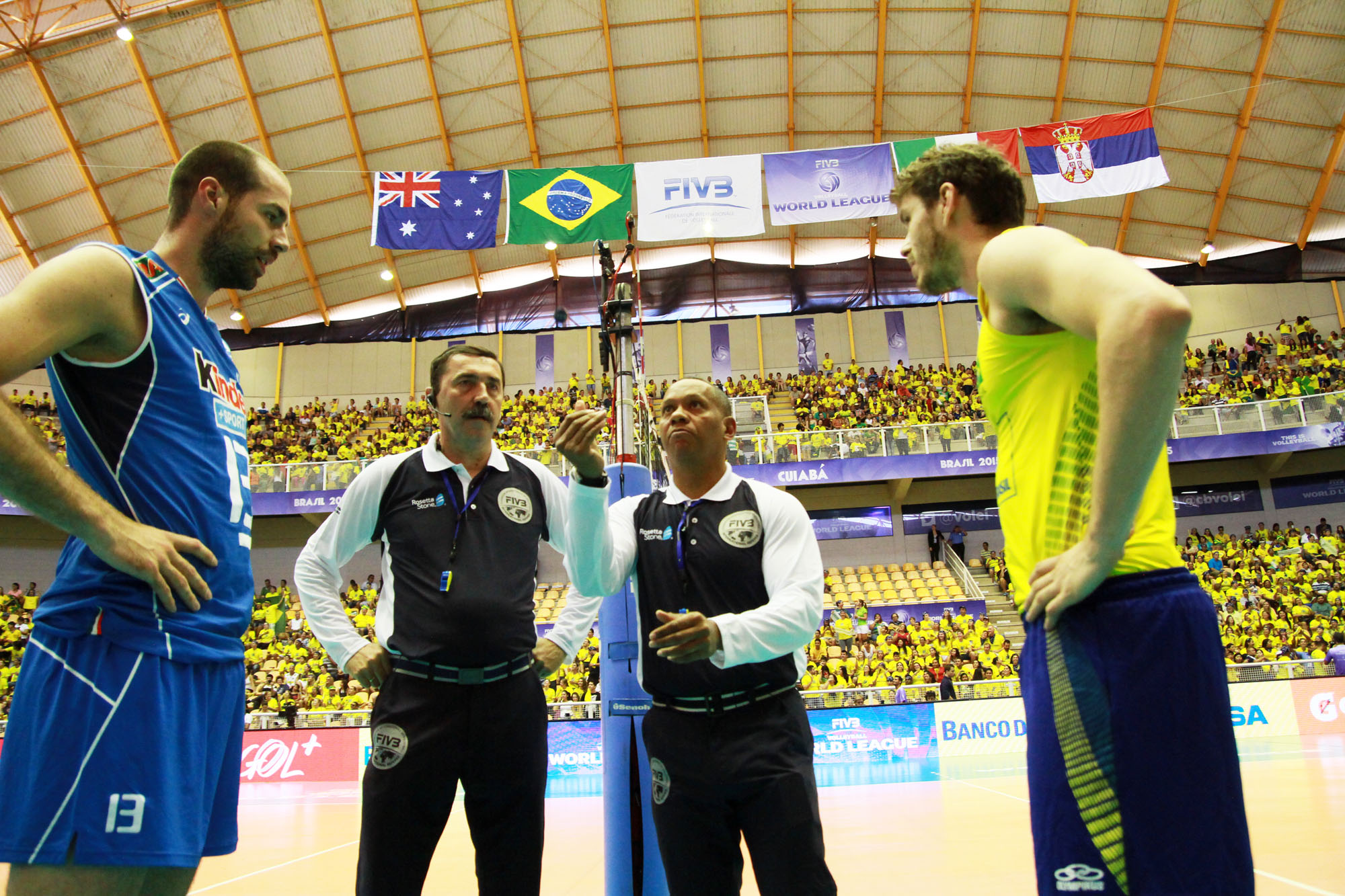 http://www.fivb.org/Vis2009/Images/GetImage.asmx?No=201489959&maxSize=960