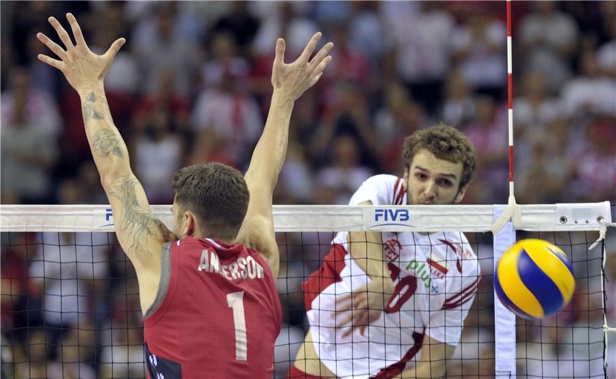 پخش زنده بازی لهستان - آمریکا هم اکنون