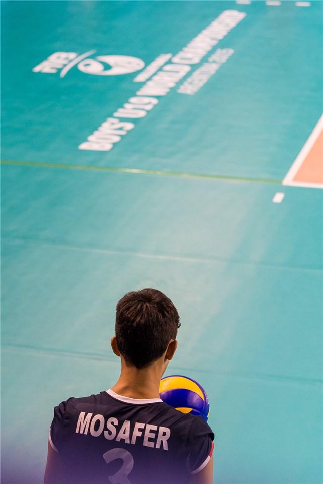 نوجوانان والیبال ایران با درخشش بازیکنان گنبدی خود مقتدرانه از سد آلمان گذشتند