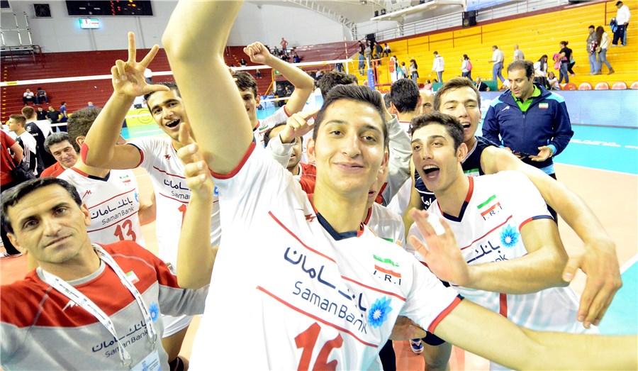 رستگاری در ست پنجم/ نوجوانان والیبال ایران دیوار لاجوردی را شکستند