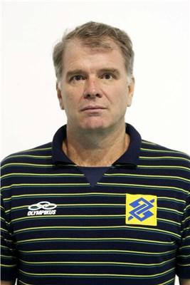 Bernardo Rezende