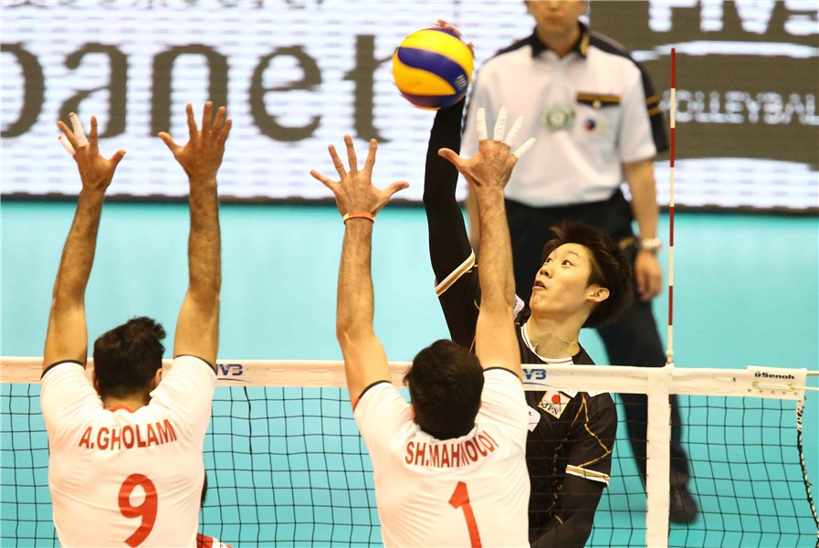 http://www.fivb.org/Vis2009/Images/GetImage.asmx?No=201620264&width=900&height=600&stretch=uniform