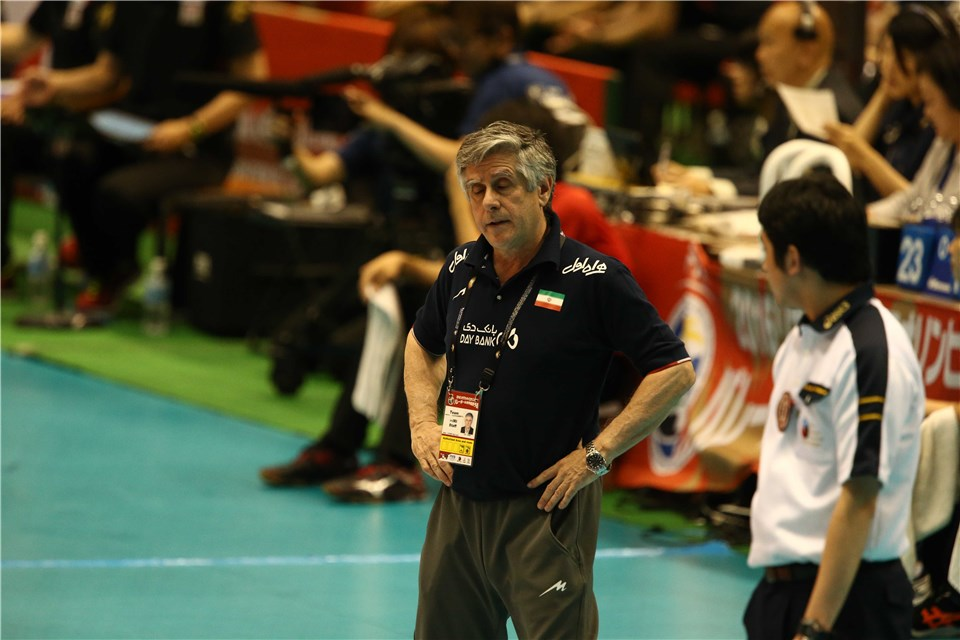 http://www.fivb.org/Vis2009/Images/GetImage.asmx?No=201620281&maxSize=960