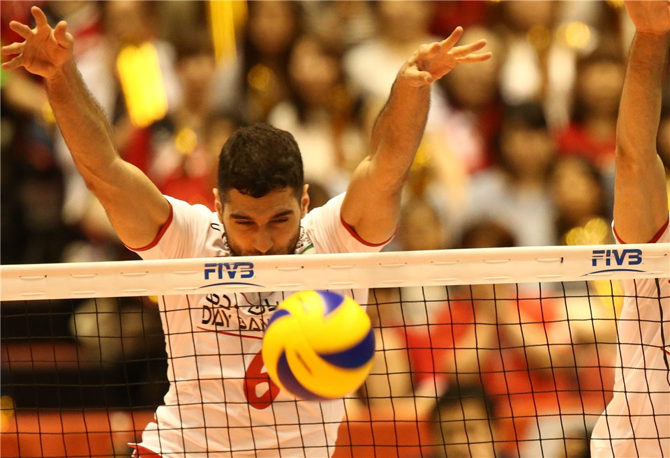 http://www.fivb.org/Vis2009/Images/GetImage.asmx?No=201620287&maxSize=960