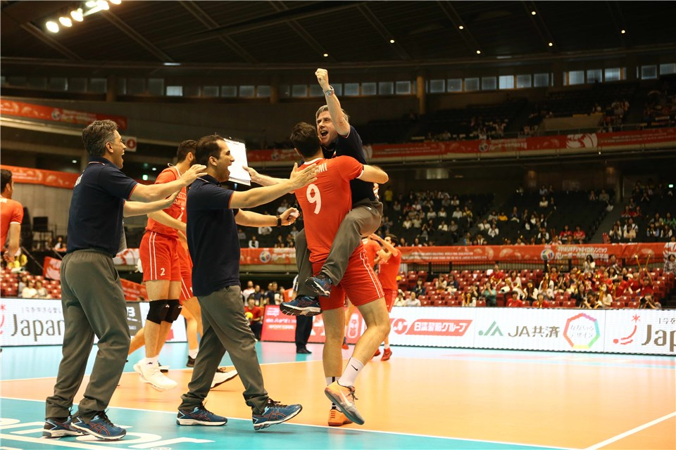 http://www.fivb.org/Vis2009/Images/GetImage.asmx?No=201620538&maxSize=960