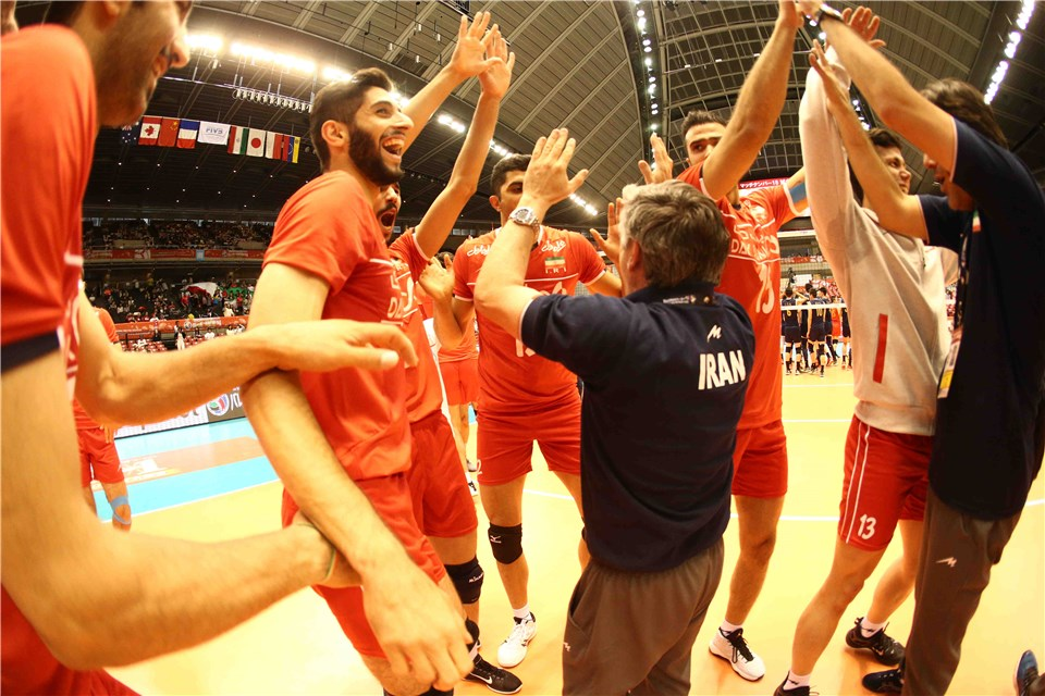 http://www.fivb.org/Vis2009/Images/GetImage.asmx?No=201620541&maxSize=960