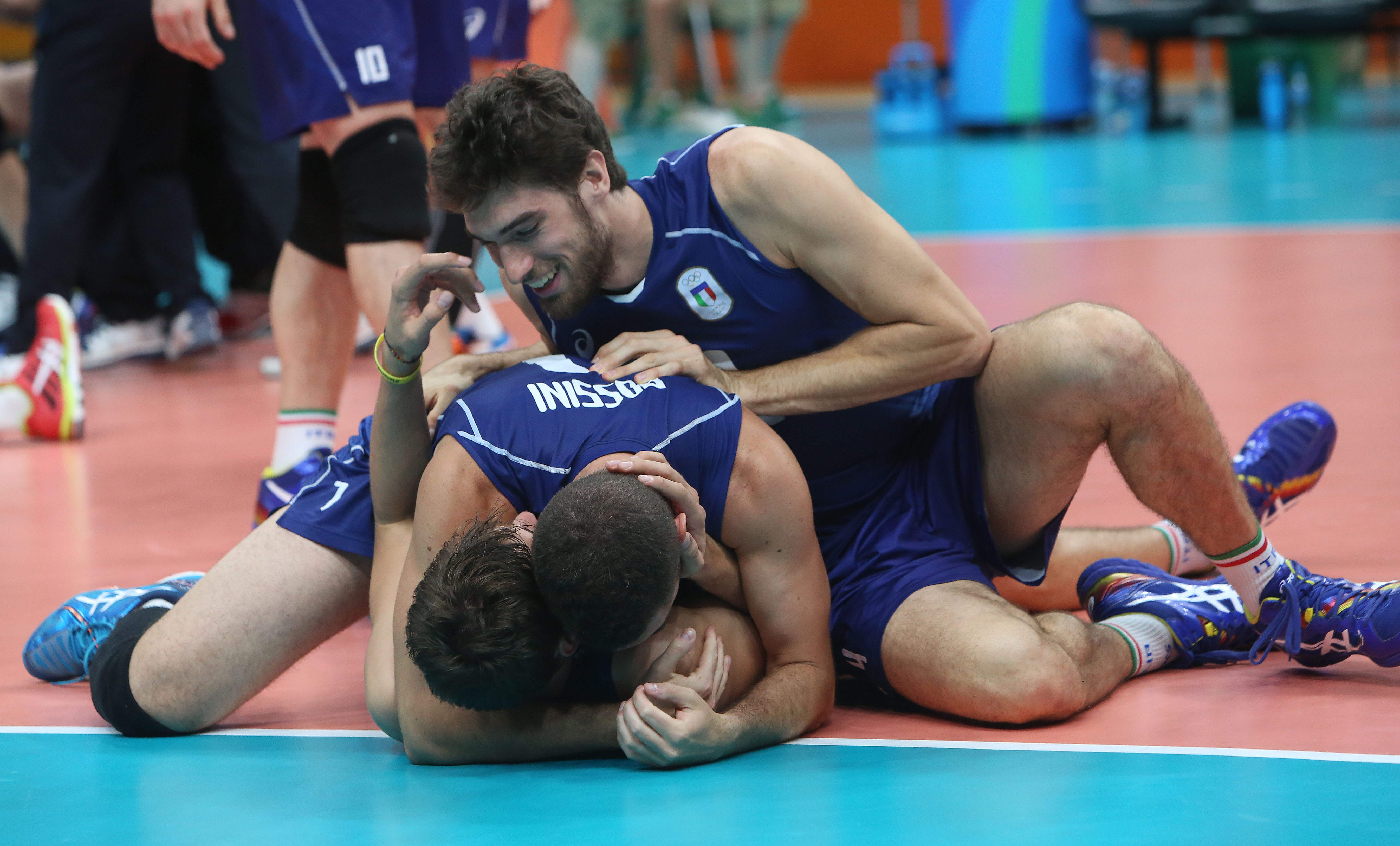 http://www.fivb.org/Vis2009/Images/GetImage.asmx?No=201653355&maxSize=960