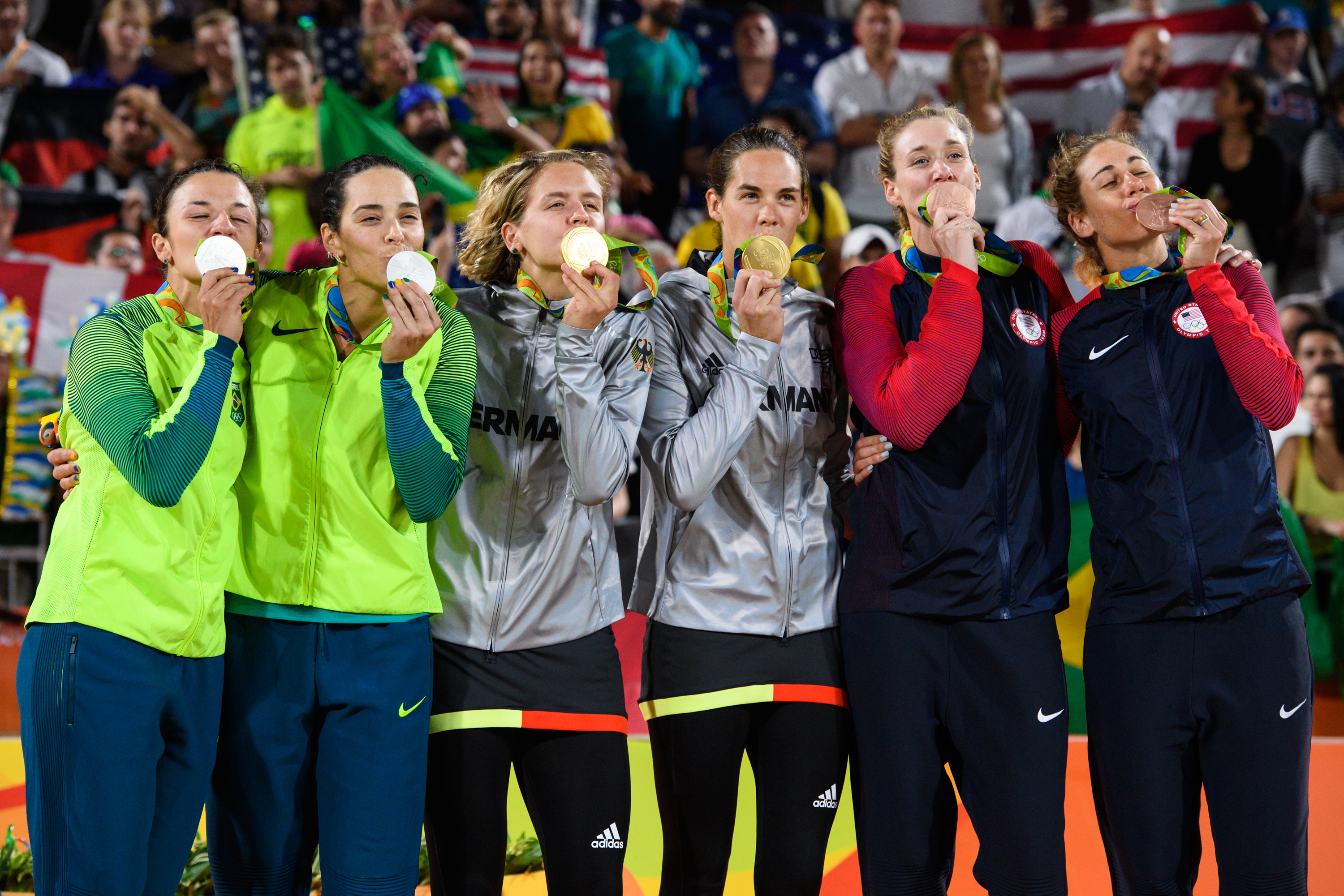 Rio 2016 women's beach volleyball medallists
