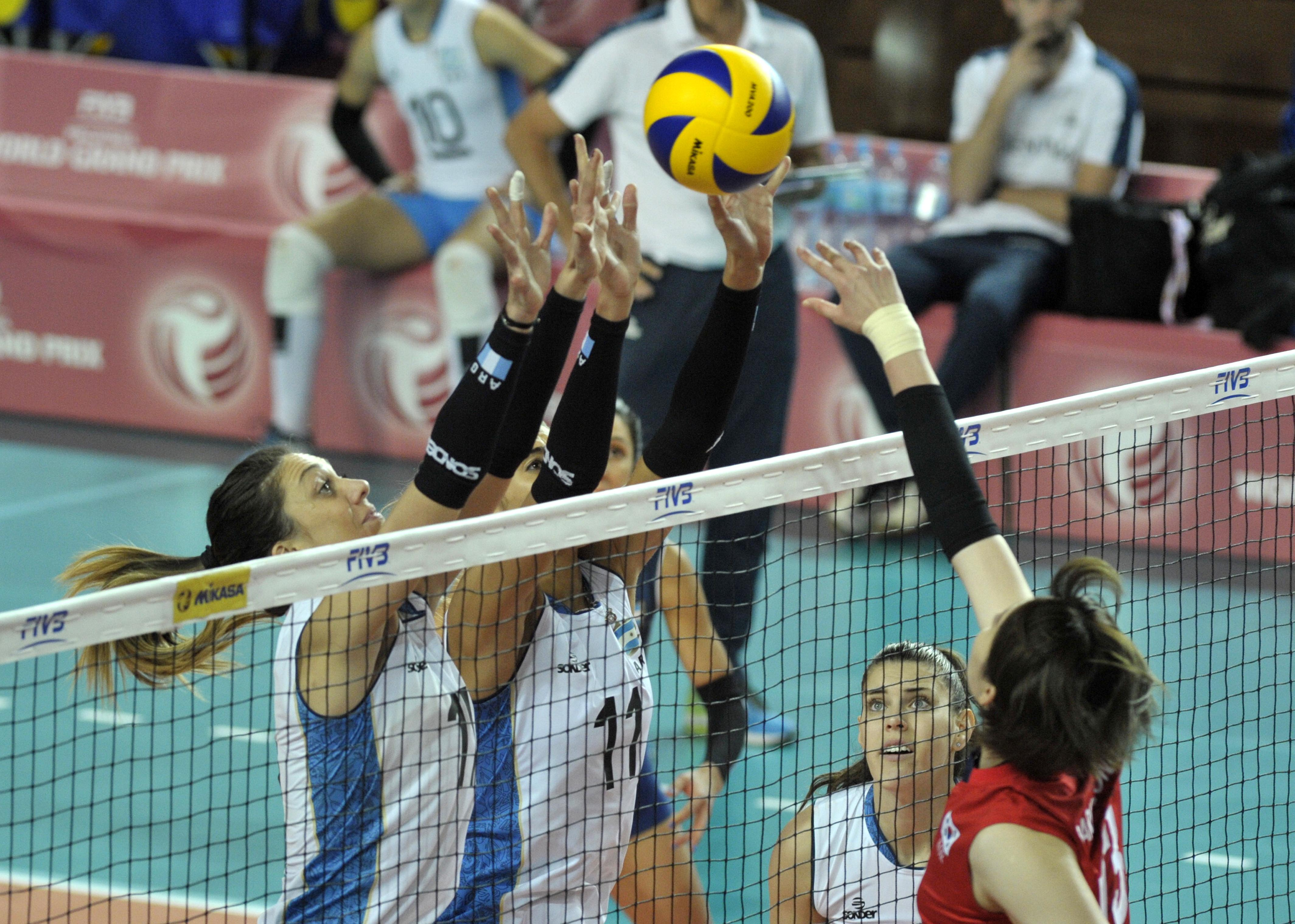 El ataque coreano supera el bloqueo argentino