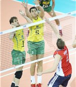 USA captain Sean Rooney leads his side to the decisive fourth set. USA won it 25-23 to take a 3-1 set win – and the gold medal – over no.1 ranked side Brazil