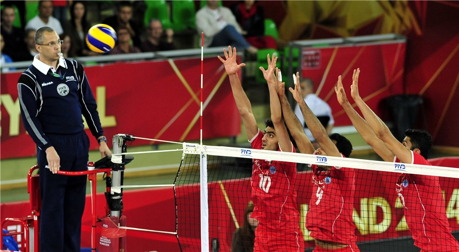 http://www.fivb.org/Vis2009/Images/GetImage.asmx?Type=Normal&No=201449760&Maxsize=900