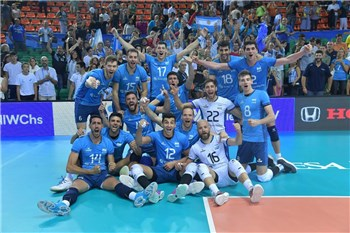 Argentina claim dramatic battle with Slovenia and Italy secure top