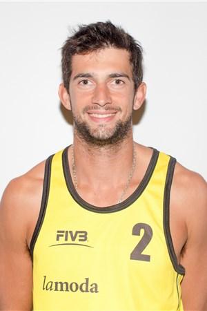 Julian Amado Azaad