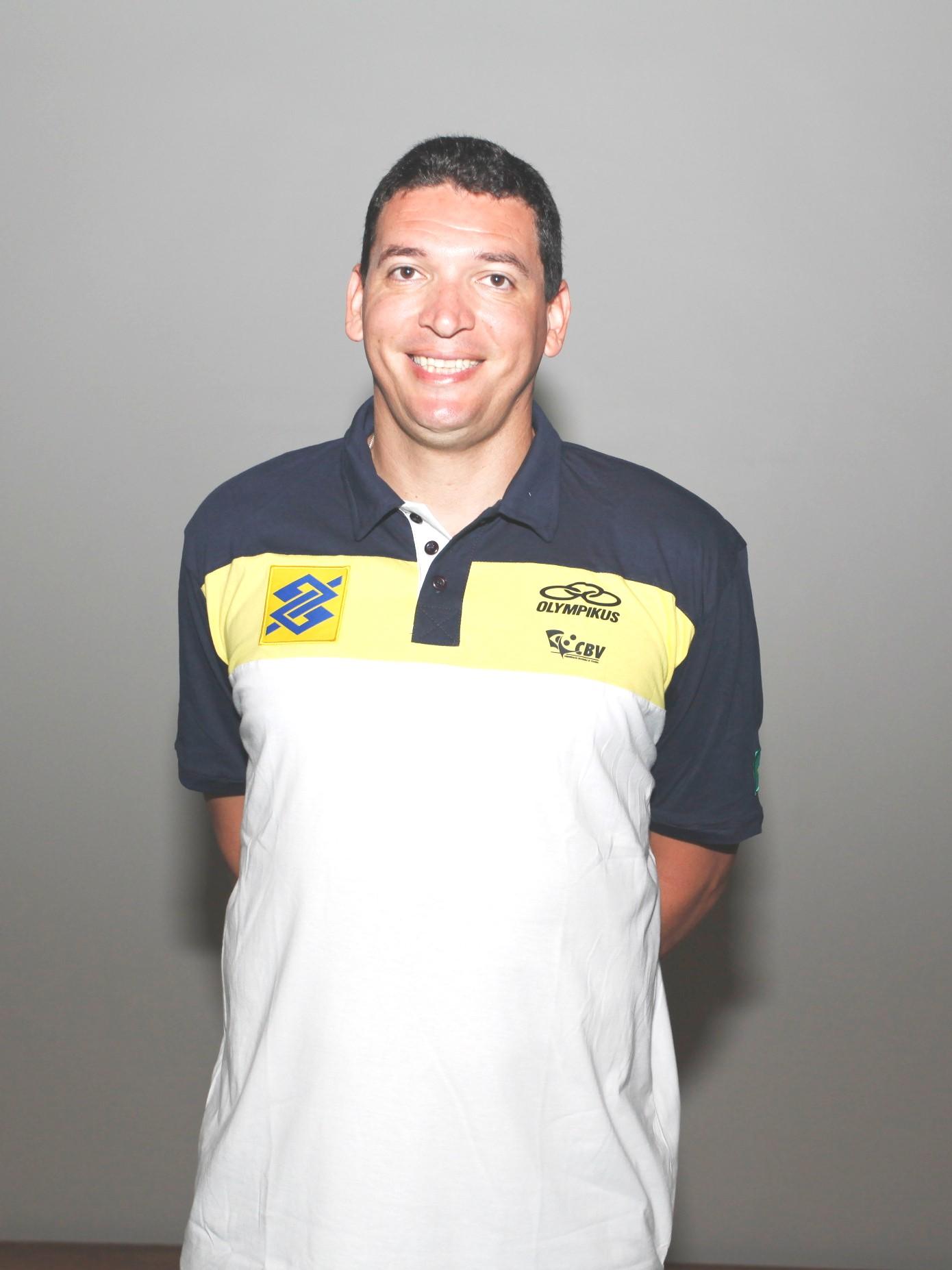 Mauricio Thomas