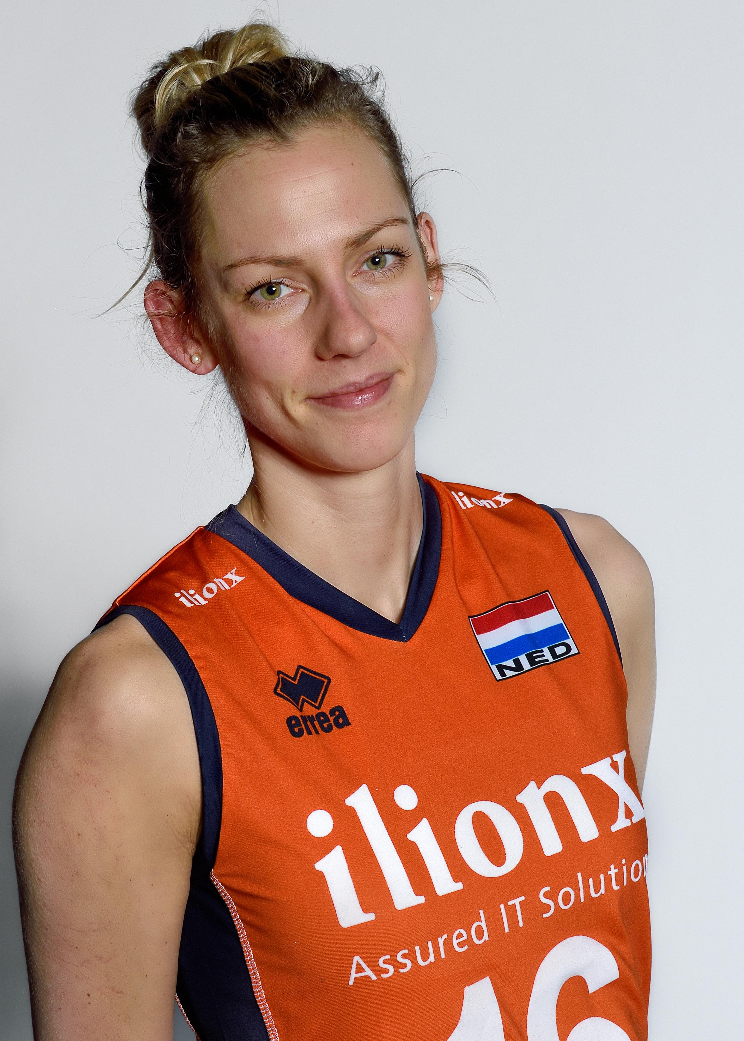 Debby Stam-Pilon