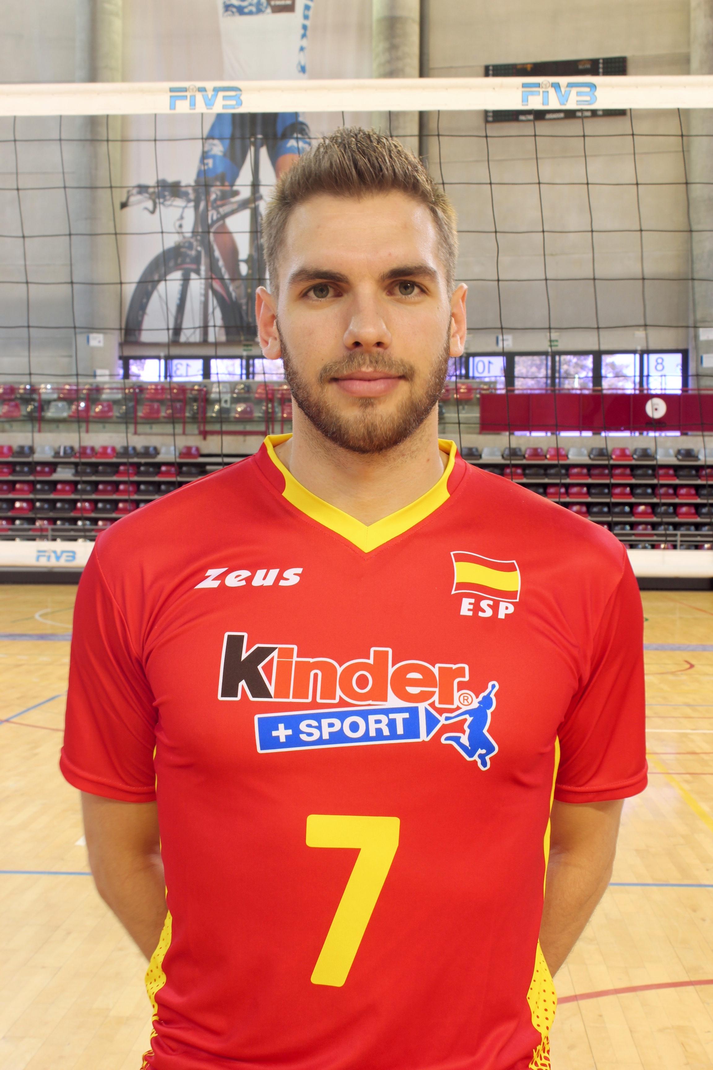 Andrés J. Villena