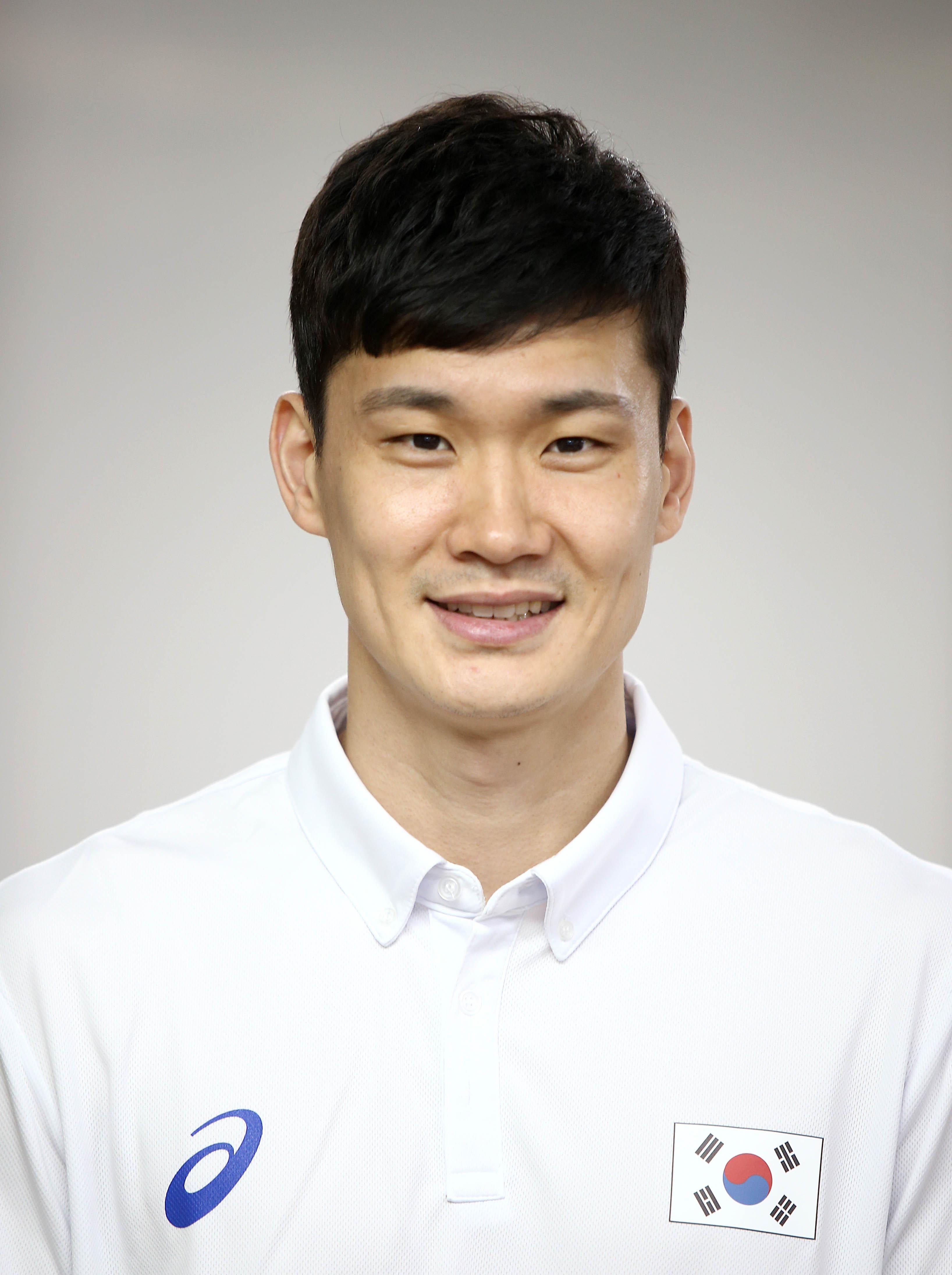 Sun-Kyu Lee