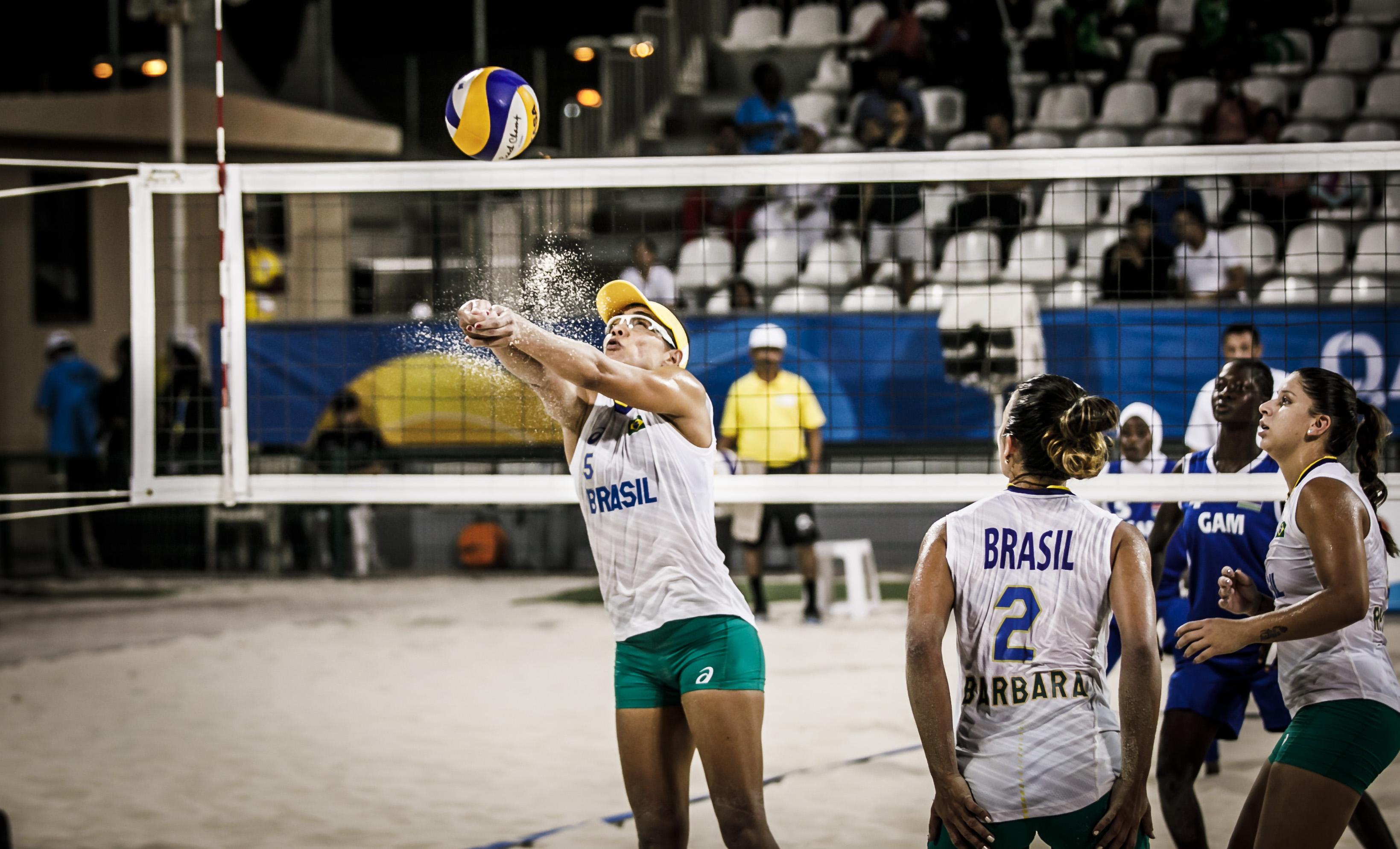 News - Barbara, Juliana and Fernanda enjoy 4x4 team spirit