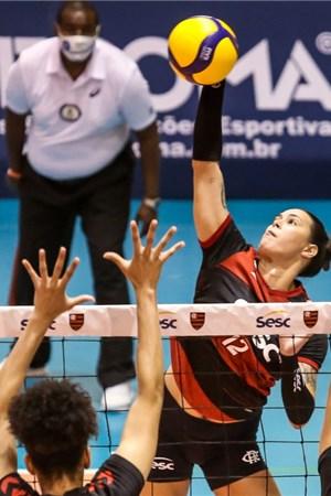 Gabriella Souza