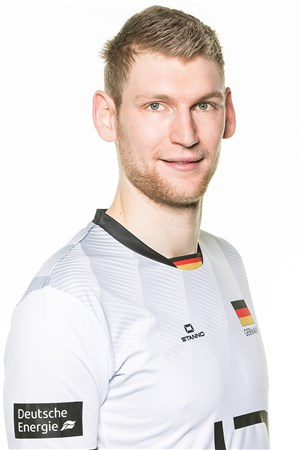 Simon Hirsch