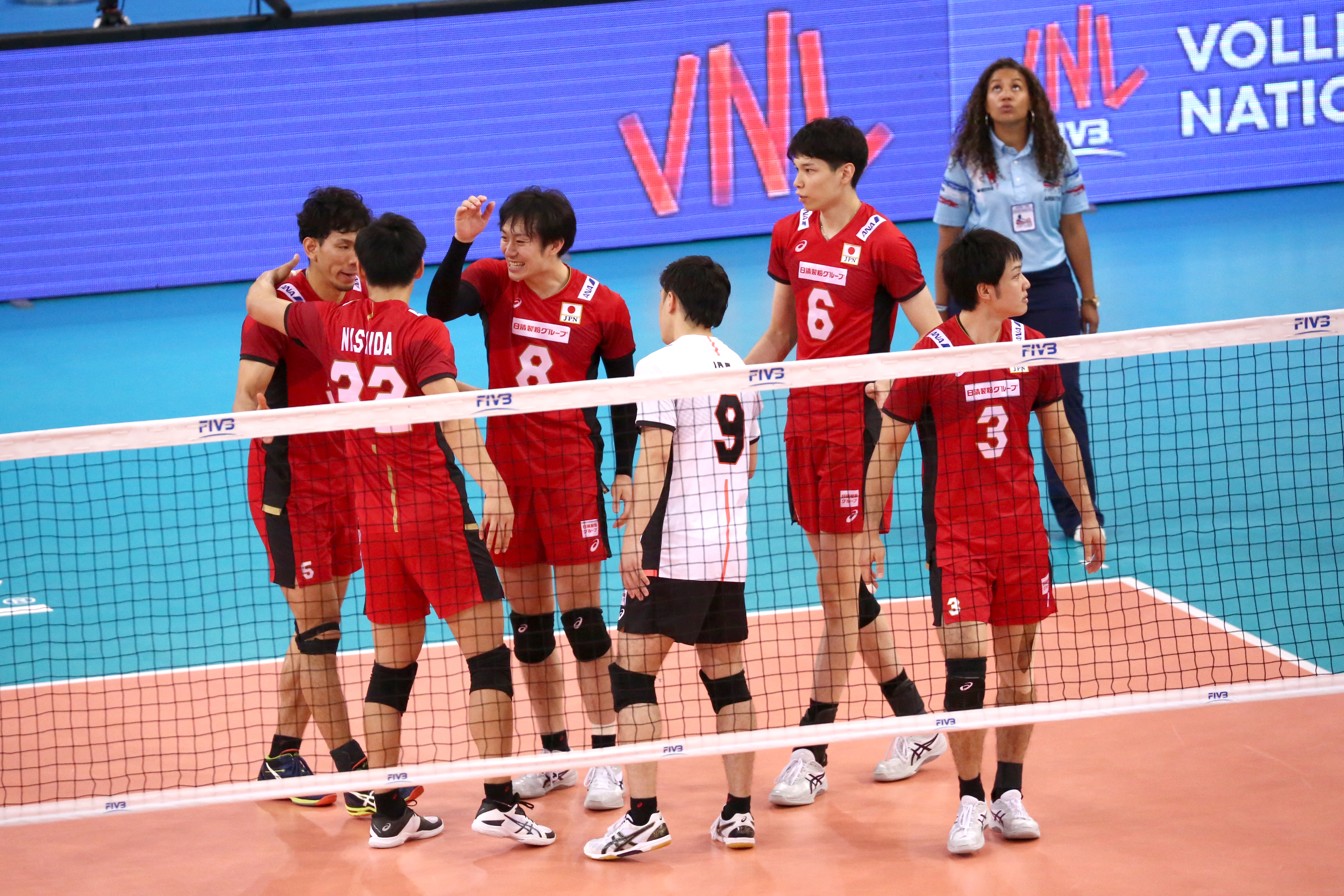 Fivb Men S Volleyball Nations League News Detail Finals Ri Reels In Australia As Japan Get Off The Mark Fivb Volleyball Nations League 2018