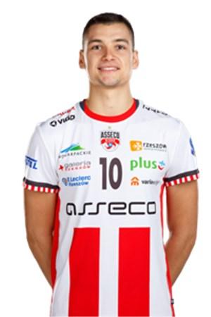 Nicolas Szerszen