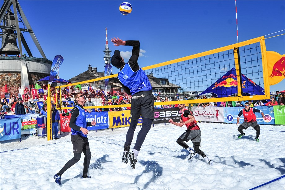 Resultado de imagen de snow volleyball